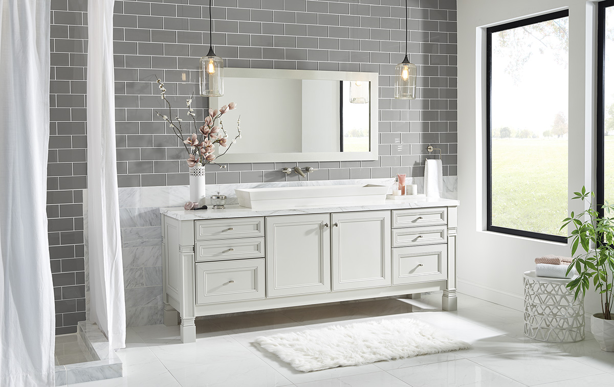 This furniture vanity in door style 760 PAinted Harbor would be the perfect match for somone wanting to transition to a slightly more modern look.