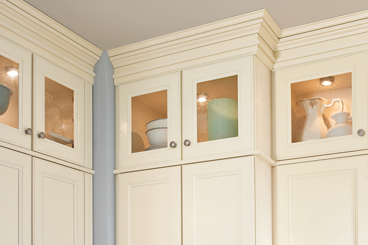 Classic Crown, Triple Bead Edge & Ogee Pilaster Molding