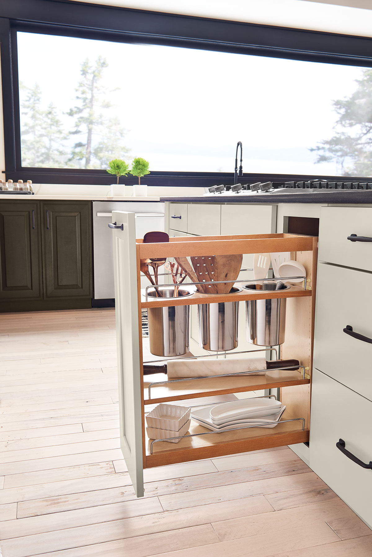 Full Height Base Pantry Pull-Out Utensil Storage